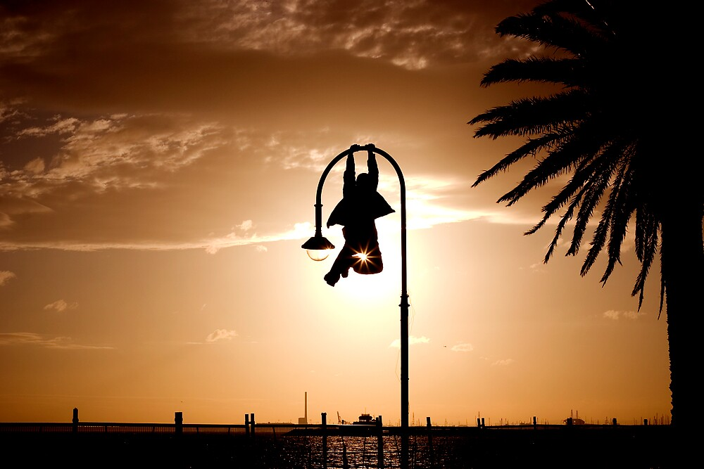 Hanging Around by Phoonaz
