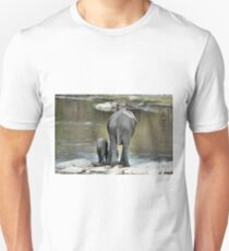 ANOTHER WONDERING MOTHER AND HER BABY -  THE AFRICAN ELEPHANT – Loxodonta Africana Unisex T-Shirt