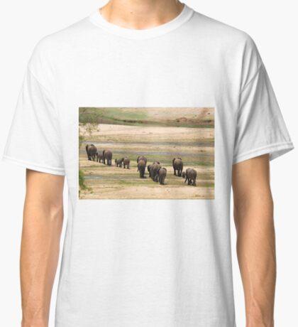 DESPERATELY SEEKING FOOD - The African Elephant Loxodonta Africana Classic T-Shirt