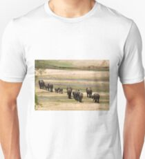 DESPERATELY SEEKING FOOD - The African Elephant Loxodonta Africana Unisex T-Shirt
