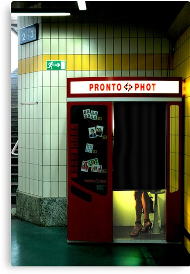 Pronto Phot by Mark Hayward