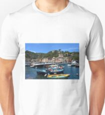 Beautiful sea coast with boats and colorful houses in Portofino, Italy T-Shirt