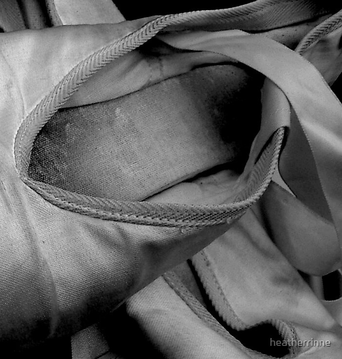 Pointe Shoes by heatherrinne