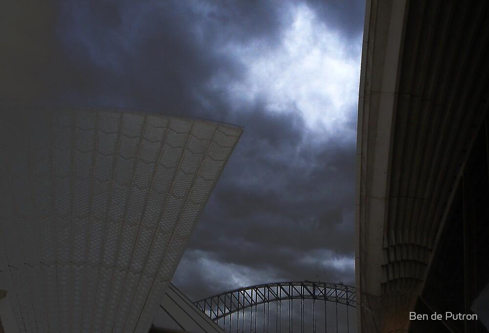 Sydney Opera House 3 by Ben de Putron