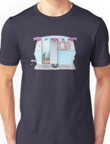 Cute vintage caravan with bunting Unisex T-Shirt