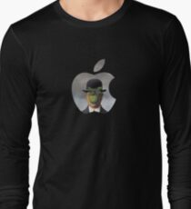 Apple Logo Rene Magritte T-Shirt