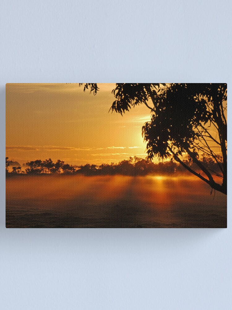 Alternate view of The rays of dawn Canvas Print