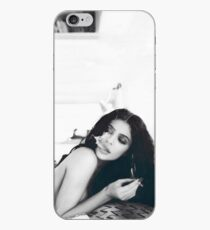 Vinilo o funda para iPhone Kylie Jenner Monochrome Chilling