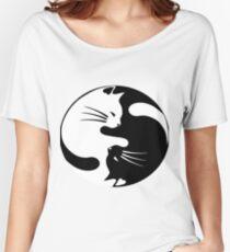 Ying yang cat Women's Relaxed Fit T-Shirt