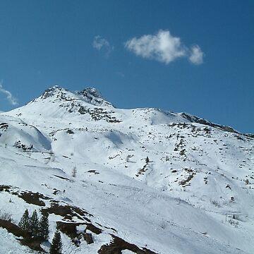 Hintertux Glacier by pluffy
