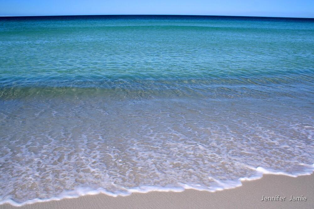 Tasmania - Beautiful One Day, Perfect The Next by Jennifer  Jamie