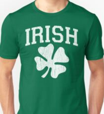 Giant Irish Shamrock (Vintage Distressed Design) Unisex T-Shirt