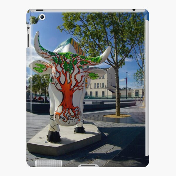 Cows and Trees, Ebrington Square, Derry iPad Snap Case
