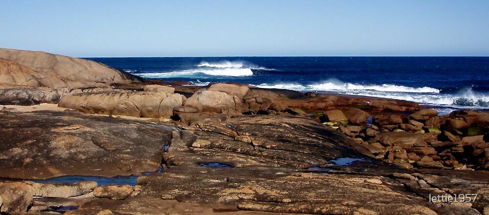 Indian Ocean - SW Australia  by lettie1957