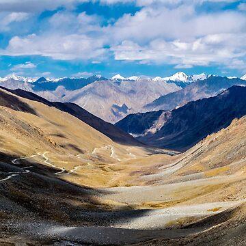 Khardung la - Highest motorable road by kumaramrit