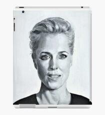 Gillian Anderson Painting iPad Case/Skin