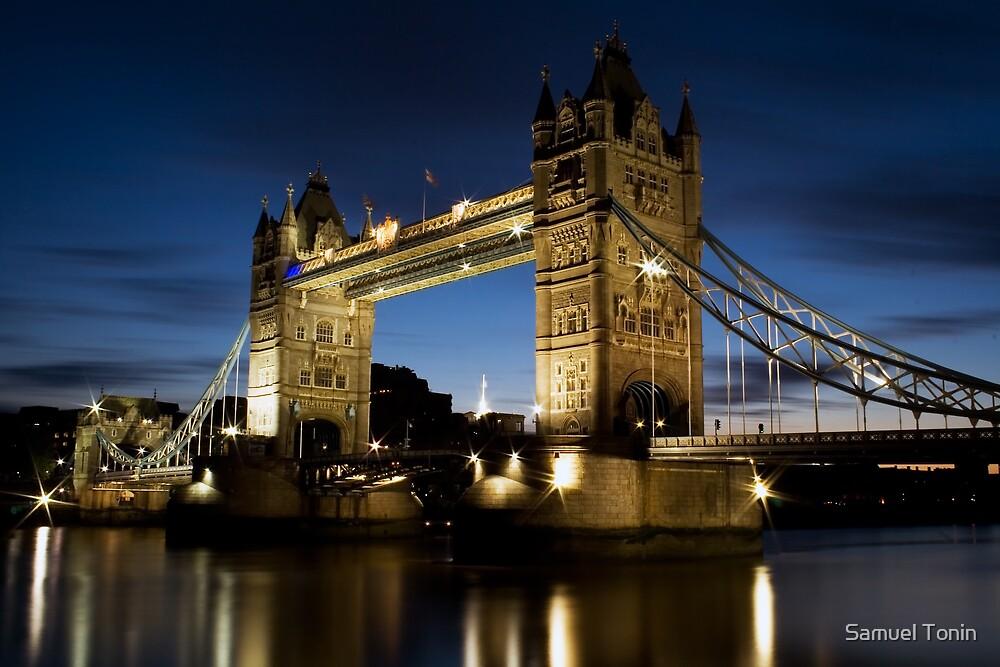 London Tower Bridge by Samuel Tonin
