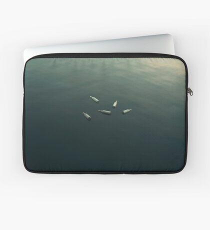Schwimmendes Stillleben Laptoptasche