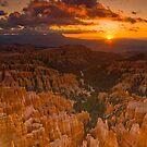 Bryce Canyon Sunrise by Nick Johnson