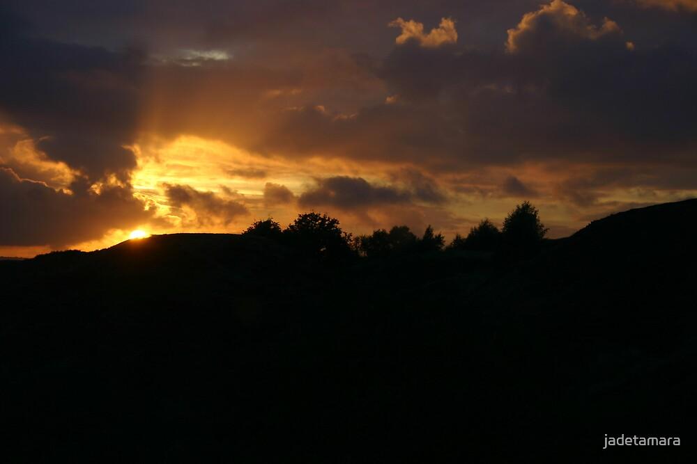 setting sun by jadetamara