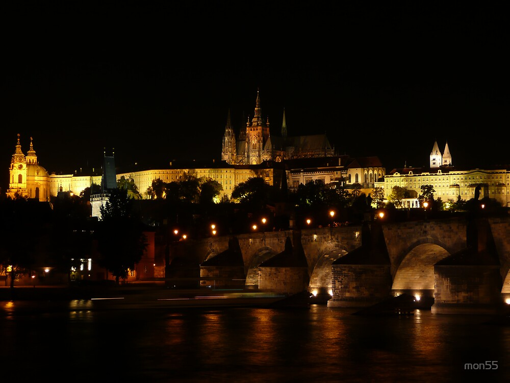 Prague Castle at night by mon55