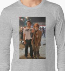 Zooey Deschanell & Jake Johnson - Nick & Jess New Girl Long Sleeve T-Shirt