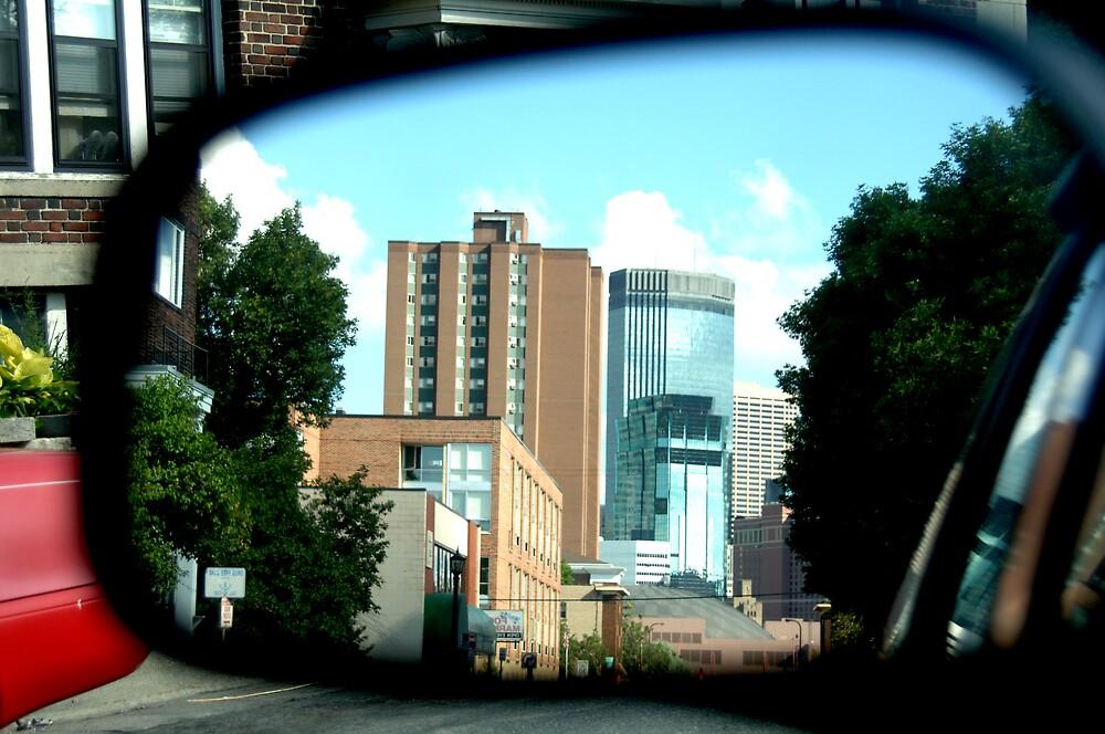 mirror skyline by missmunchy