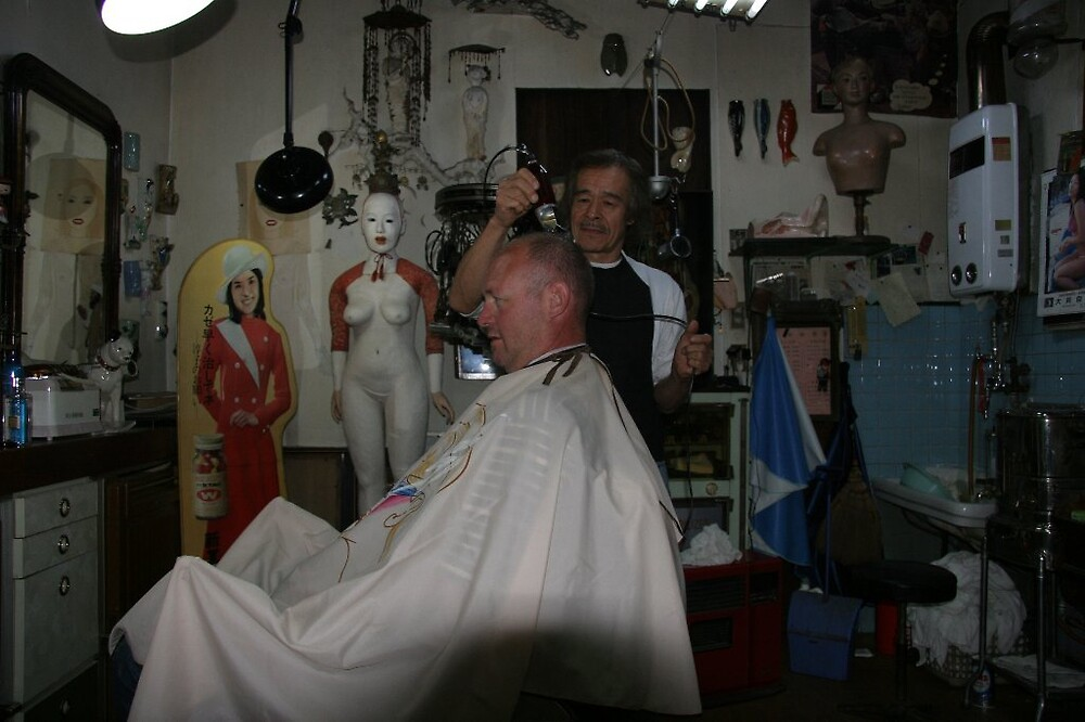A quick, polish, clip and powder and the attache has been pampered back into shape by Trishy