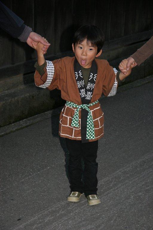 Takayama Autumn Festival - Hachiman Festival  by Trishy
