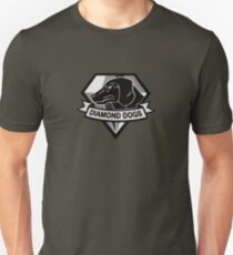 Metal Gear Solid V - Diamond Dogs (Monchromatic) T-Shirt