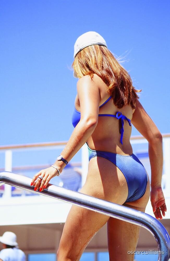 Bikini Babe by oscarcwilliams