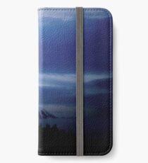 Mount Doom  iPhone Wallet/Case/Skin