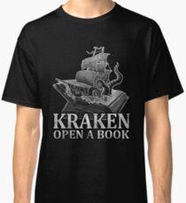 KRAKEN OPEN A BOOK - Reading T shirt Classic T-Shirt