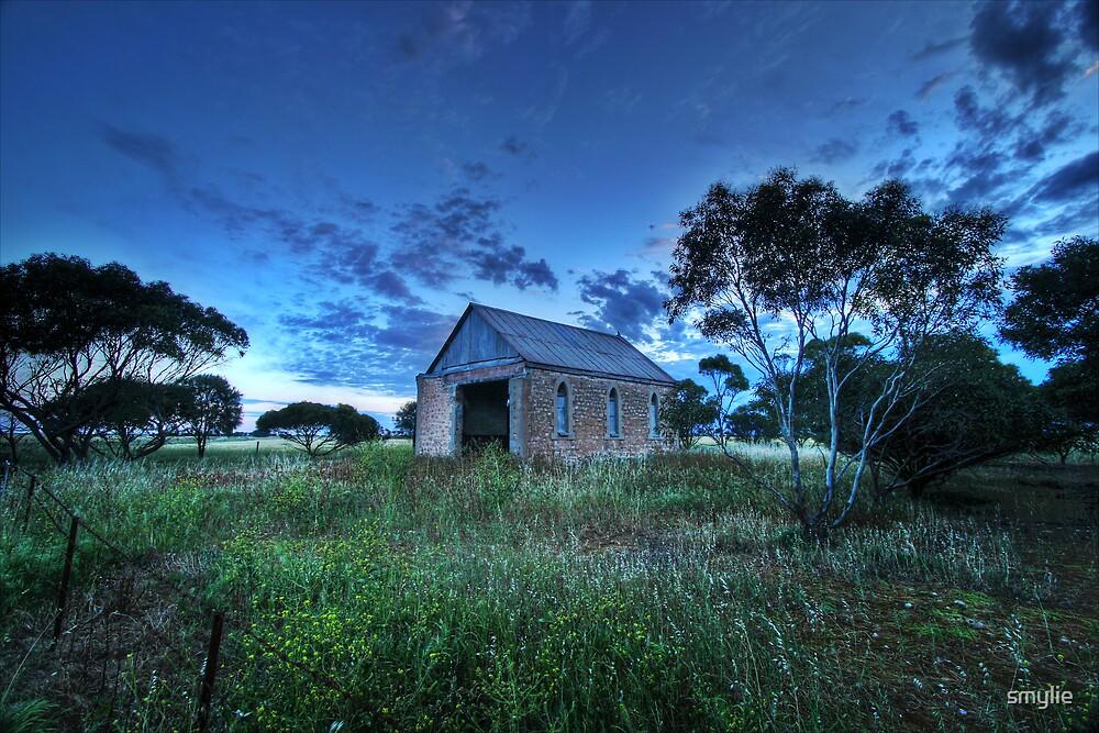 Corner Church by smylie
