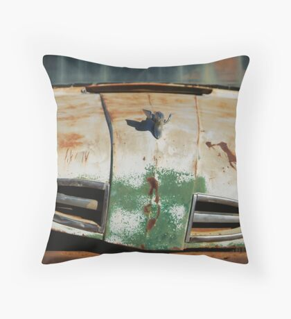 Ford,Outback Boulia,Qld Throw Pillow