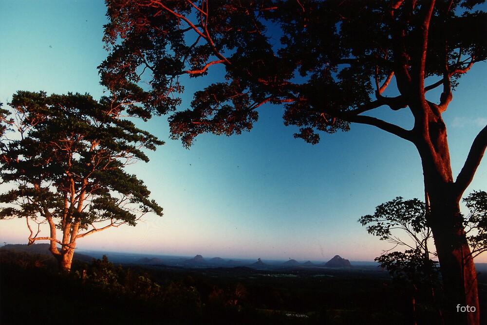 Glass House Mountains.... Australia by foto