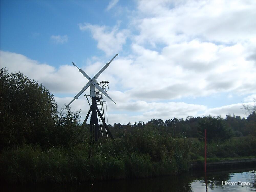 Norfolk Broads windmill by HevroEgan