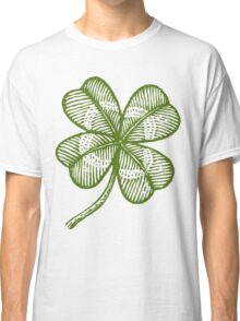 Vintage lucky clover Classic T-Shirt