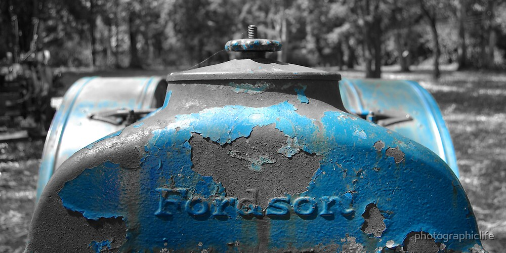 Karens Tractor by photographiclife