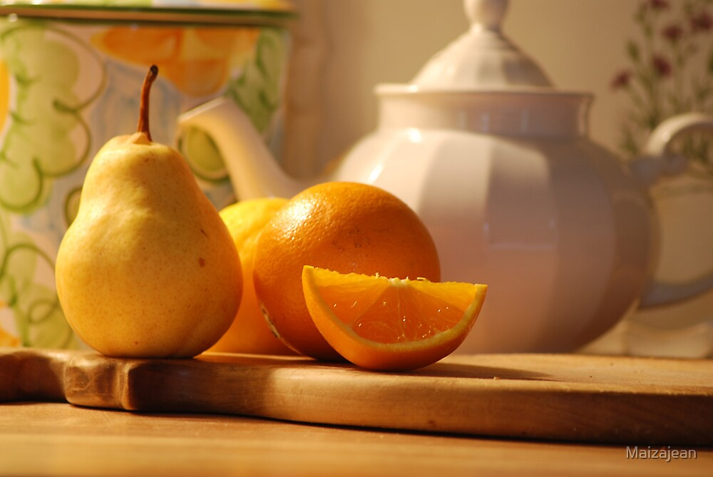 Tea and Oranges by Maizajean