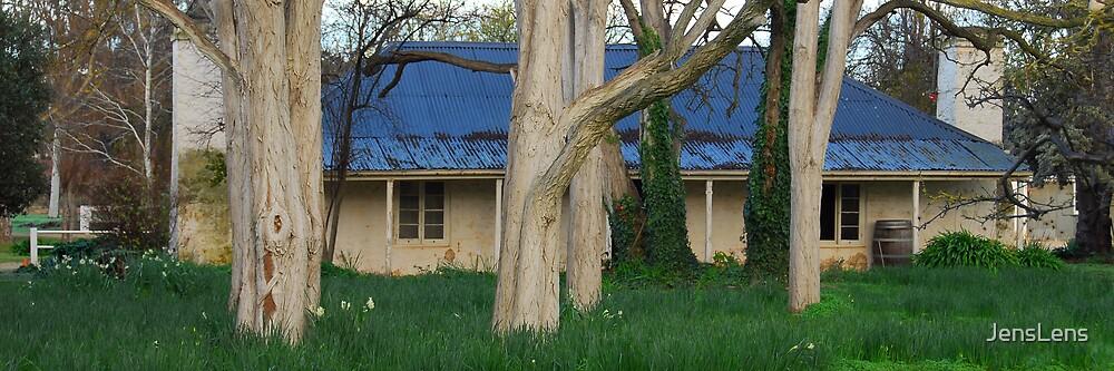 hidden cottage by JensLens