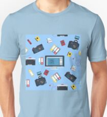 Photographer Tools Seamless Pattern with Camera and Computer T-Shirt
