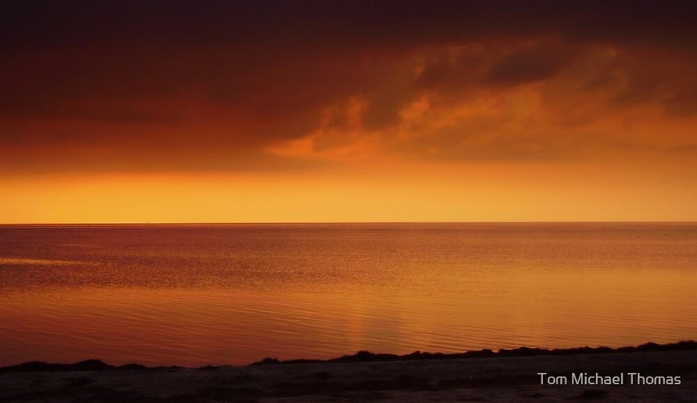 Horizon... by Tom Michael Thomas