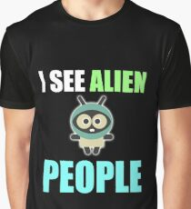 I see alien people, I feel alone Graphic T-Shirt