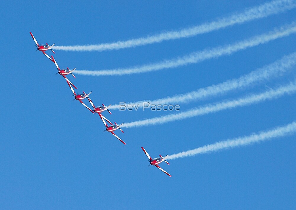 RAAF Roulettes - 2017 Airshow Downunder by Bev Pascoe