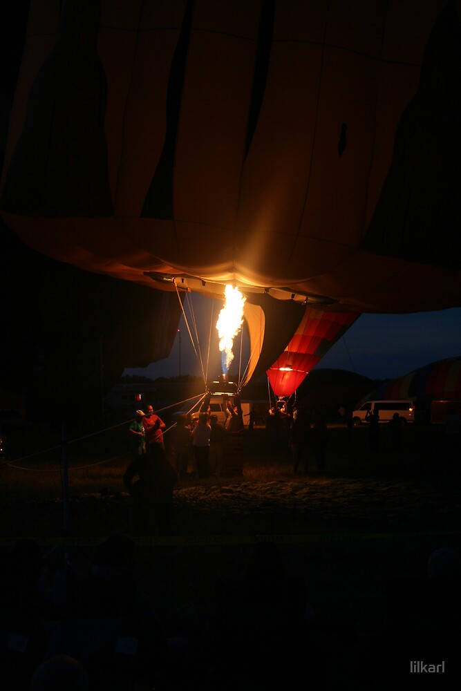 Night Flight by lilkarl