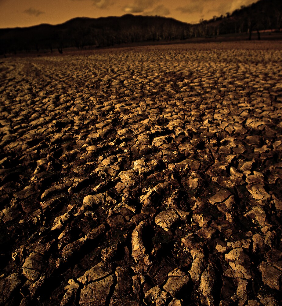 Dry lake bed by Robert Kiesskalt