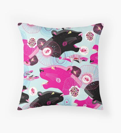 Fashionable pattern with panther heads Throw Pillow