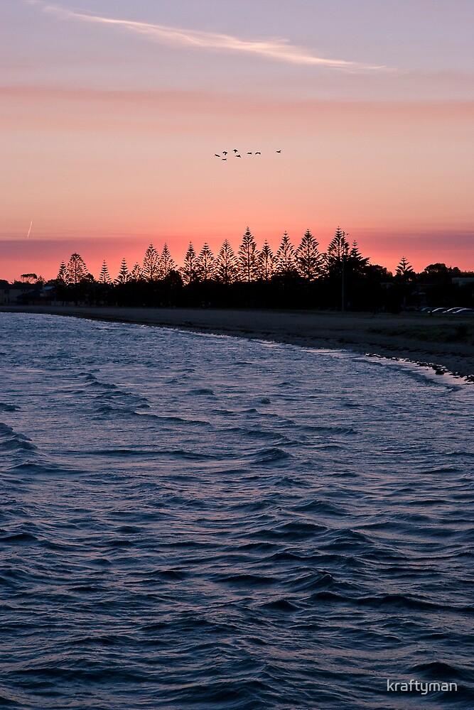 Altona beach sunset, Easter 2007 by kraftyman