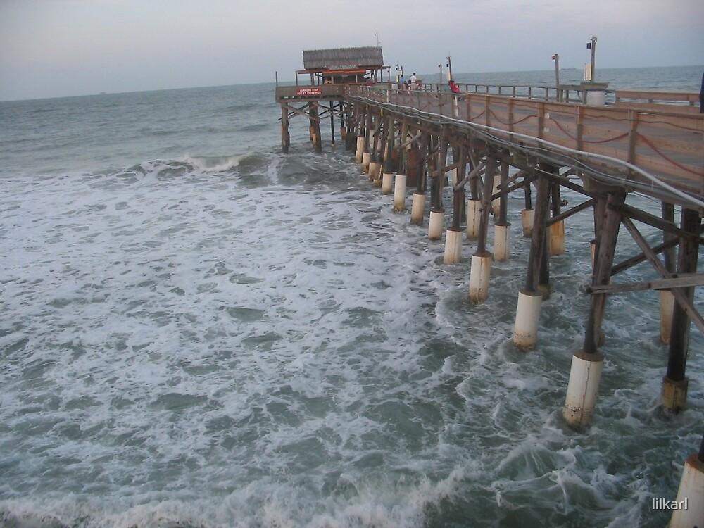 Coco Beach Pier, Florida by lilkarl